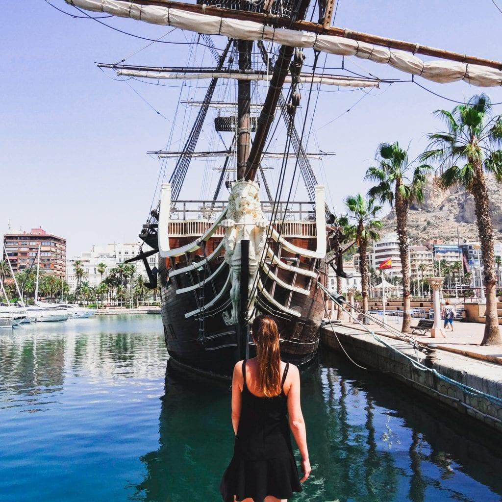 alicante, boat, harbour, guide to alicante