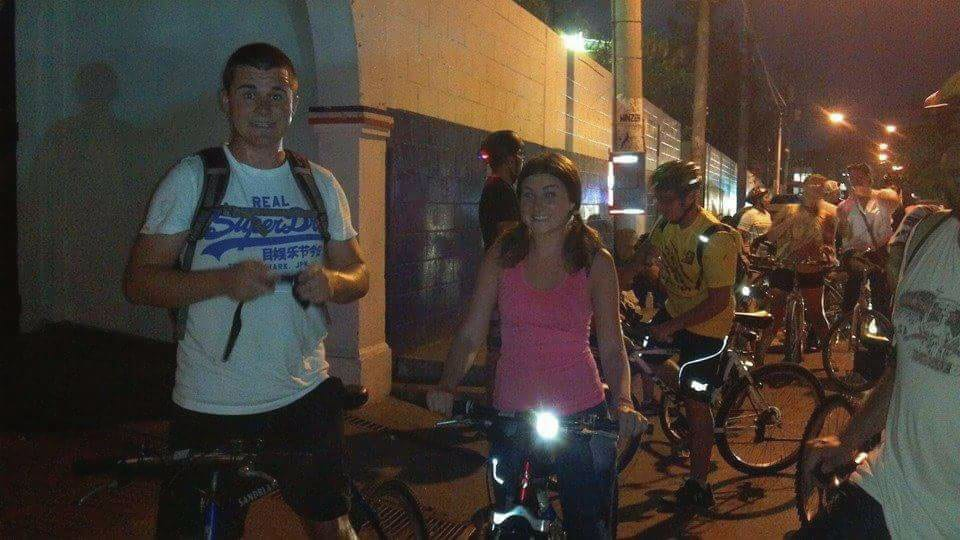 Enjoying the night-time bike ride through San Salvador