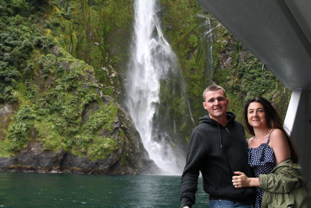 couple travel, milford sound
