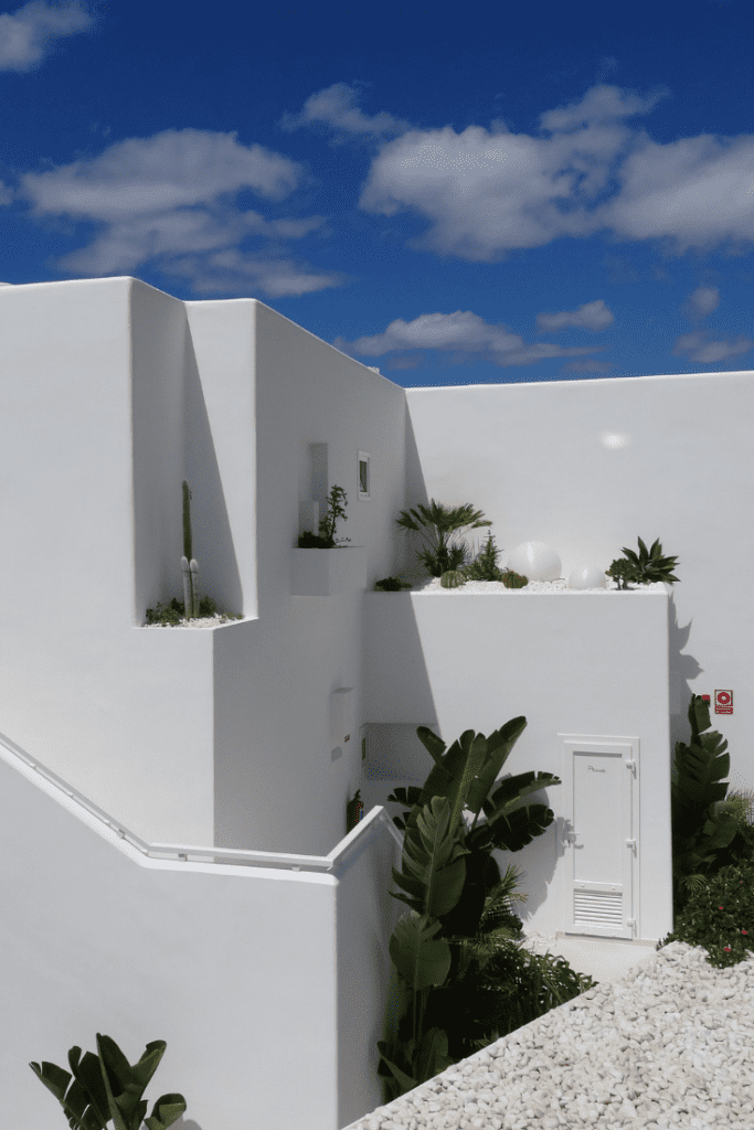 white washed houses lanzarote