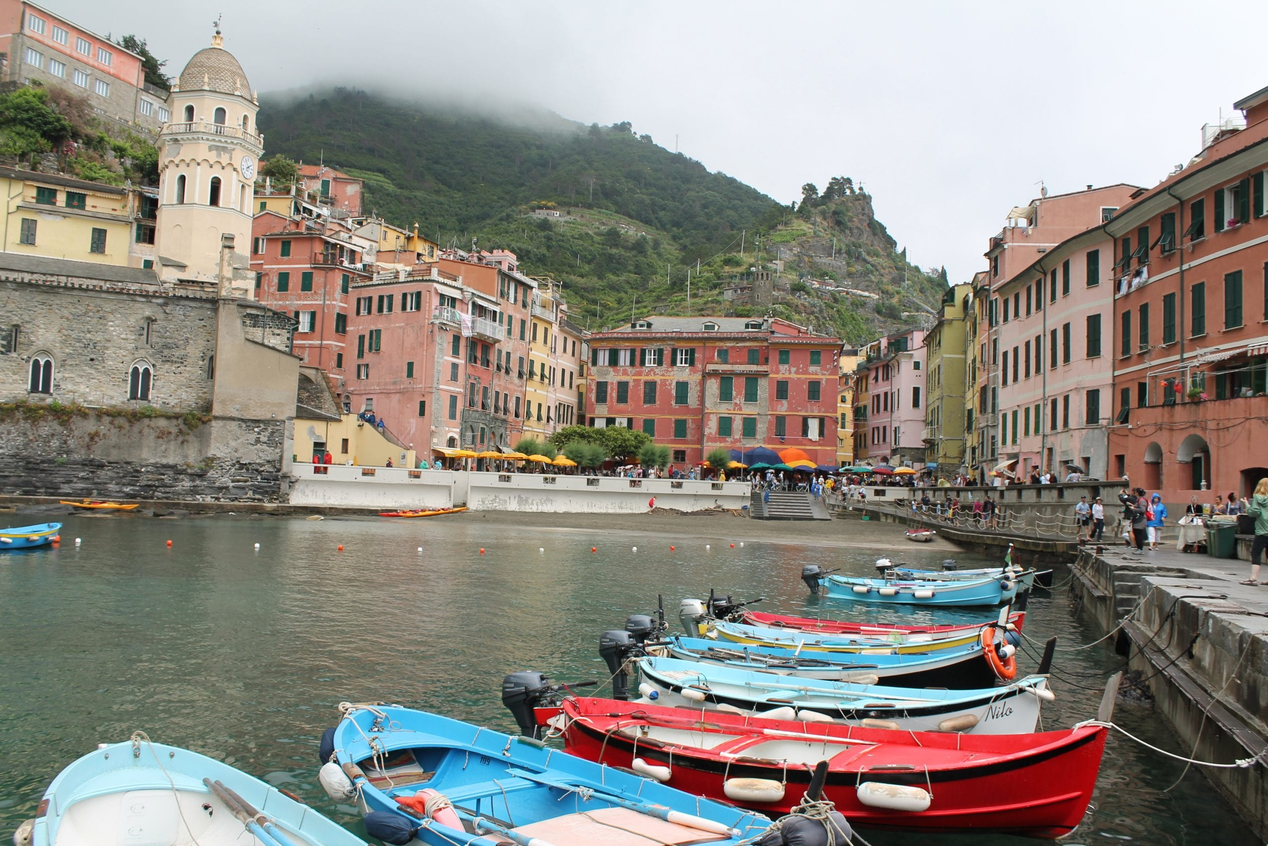 vernazza harbour, things to do in cinque terre