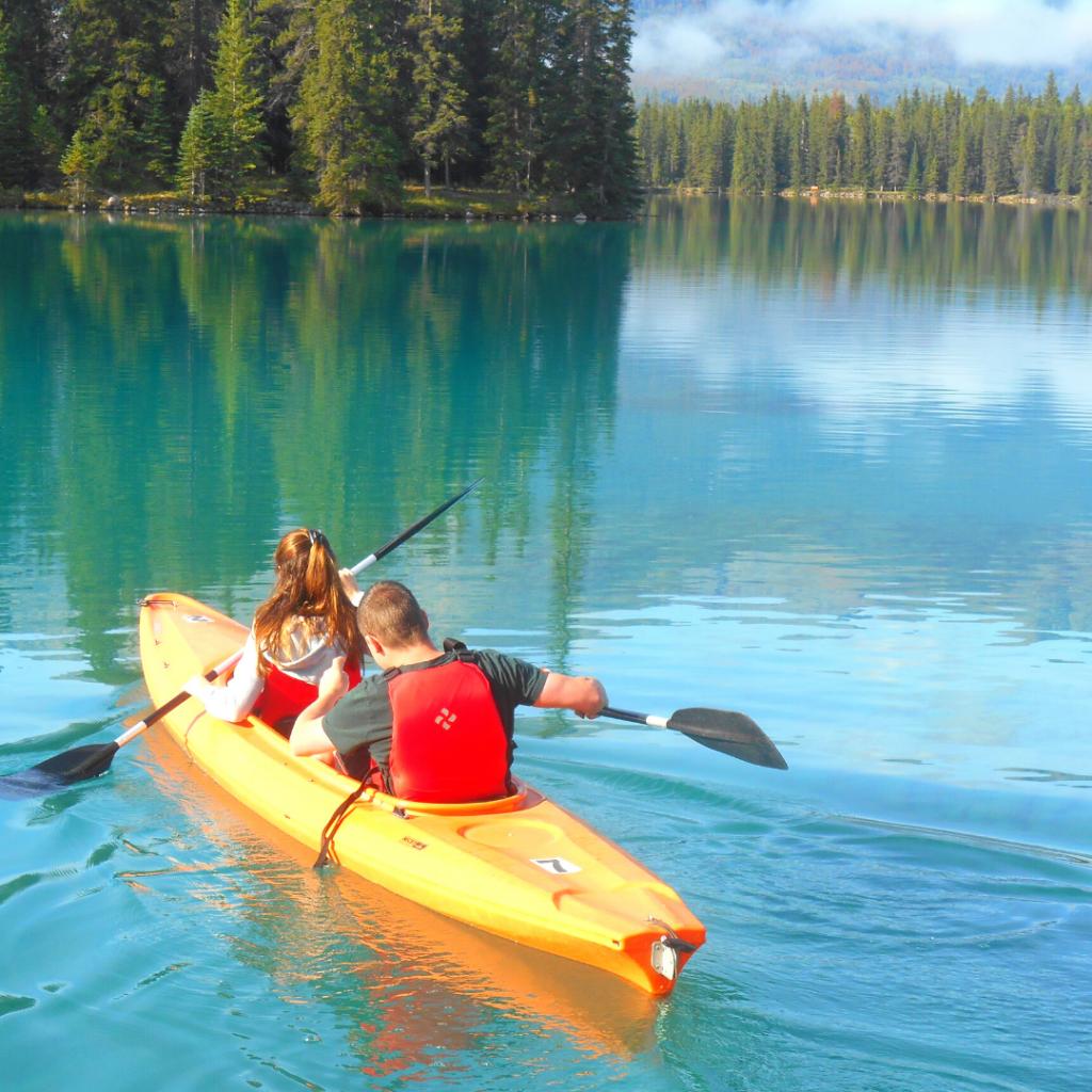 kayaking in Jasper Canada