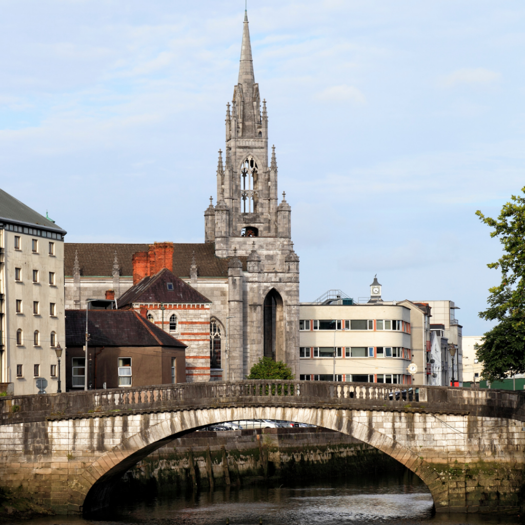 The River Lee with St Finbarres Cathedral in the background!